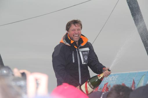Alex Thomson fête sa 3ème place
