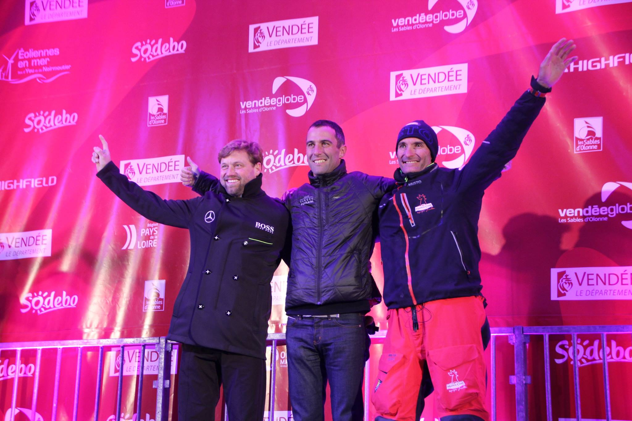 Armel, Alex et Jérémie sur le podium gagnant du 8e Vendée